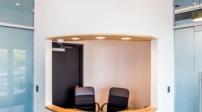 Insa Salem Reception Desk